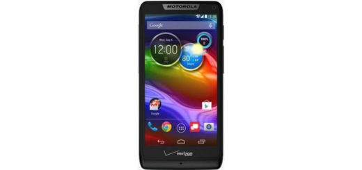 Verizon adds Motorola Luge to its prepaid lineup